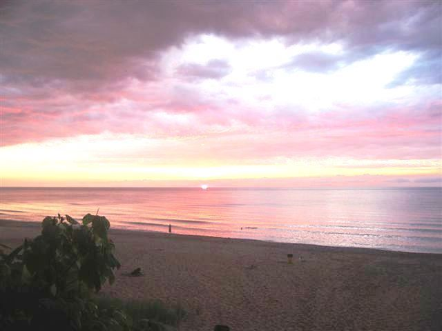 Union Pier beach at sunset