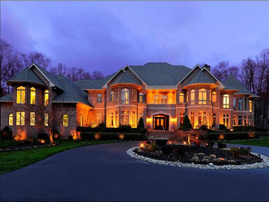 Luxury Home home page